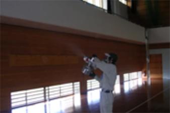 学校の体育館 空間噴霧処理施工